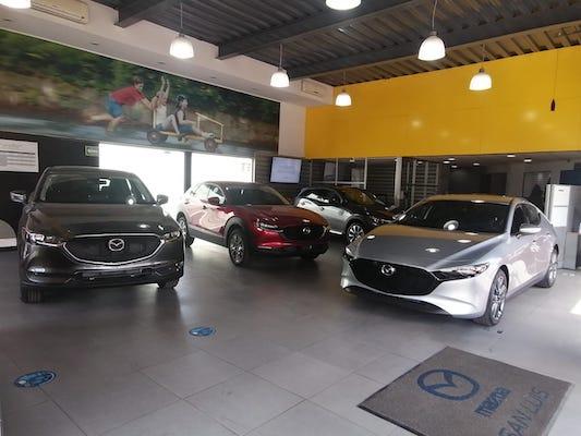 Mazda Carranza - 1