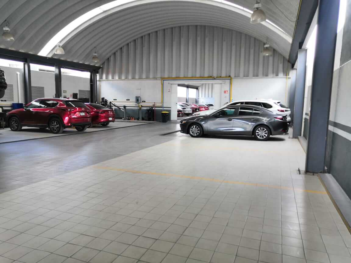 Mazda Carretera 57 - 2