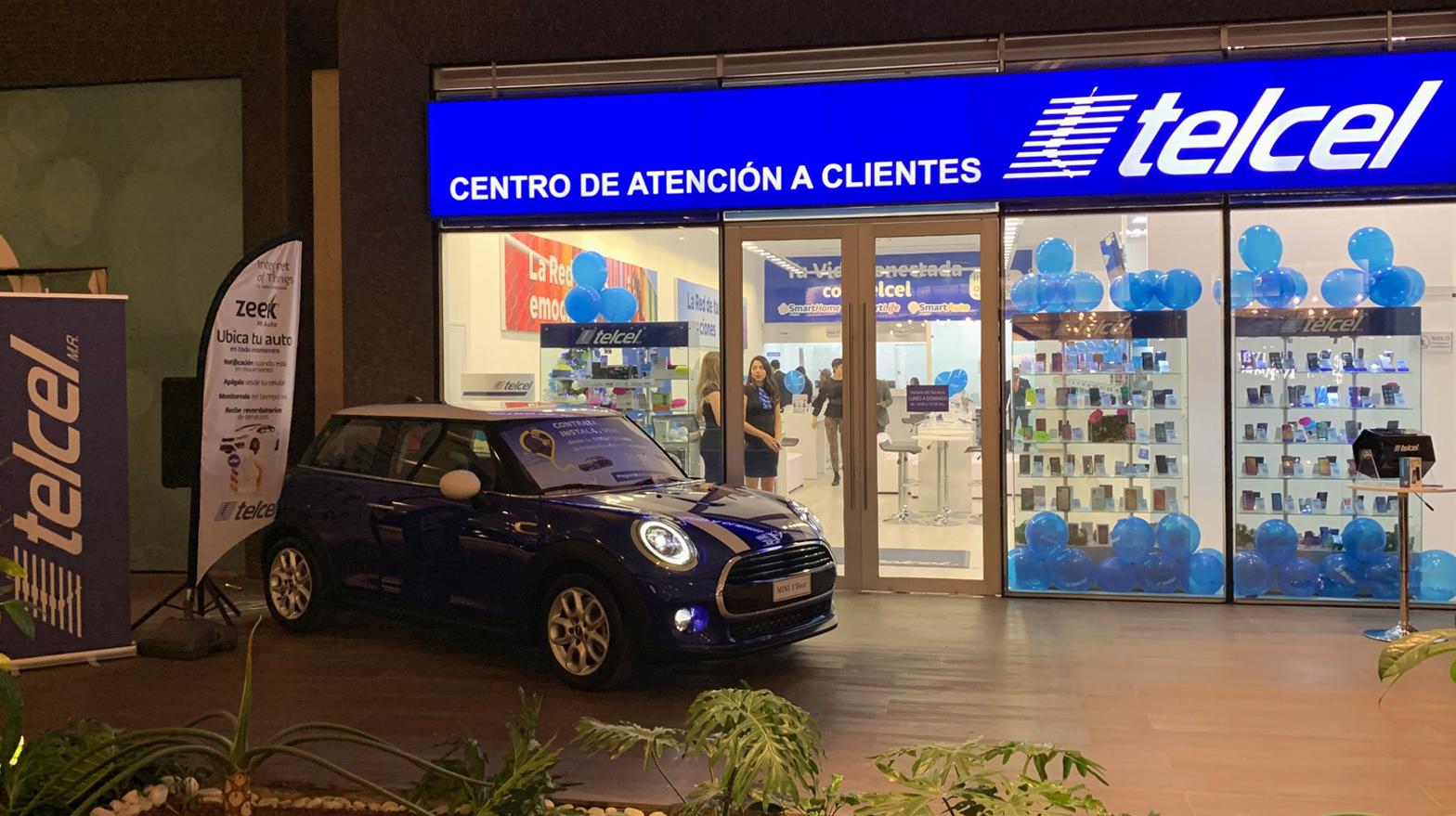 Apertura Centro de Atención a Clientes TELCEL en Esfera Monterrey