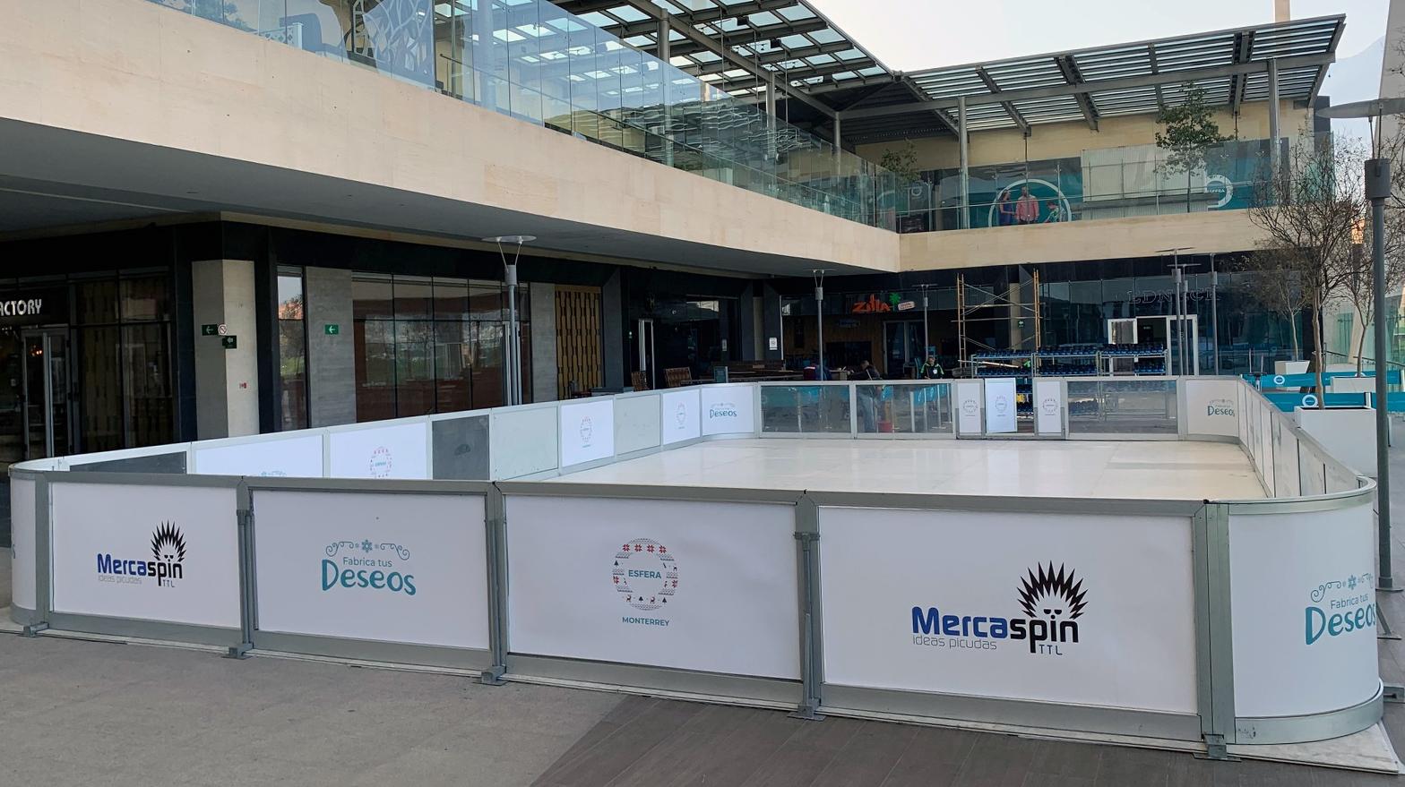 Llega pista de patinaje gratis a Esfera Monterrey